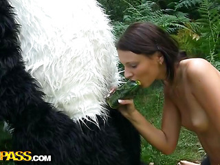 On a sunny summer day a pretty artist decided to go to the woods to paint a charming landscape picture. But her plans were ruined when this babe saw a huge panda bear coming near her. However, this chab turned out to be so cute and playful, the teenage hottie forgot about her painting and even let him take her garments off. And then this babe saw panda's strap on penis, and there was solely filthy sex on her mind. The angel widen her legs wide, letting the horny bear drill her oozing twat with that awesome megadildo of ...
