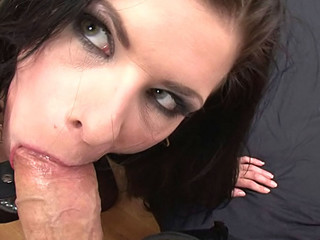Doxy Sucking Rocco's 10-Pounder Whilst Getting Doxy Slap