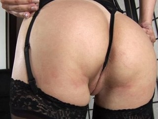 Enjoyable lesbos are having steamy sexy cunt playing time