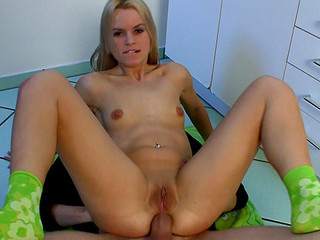 Czech beauty Sabrina Blond gets extreme sized dick up in her constricted butt